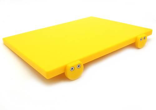 Tagliere in polietilene con fermi giallo 30x40 cm