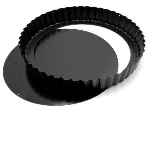 Non-stick fluted cake tin with removable bottom