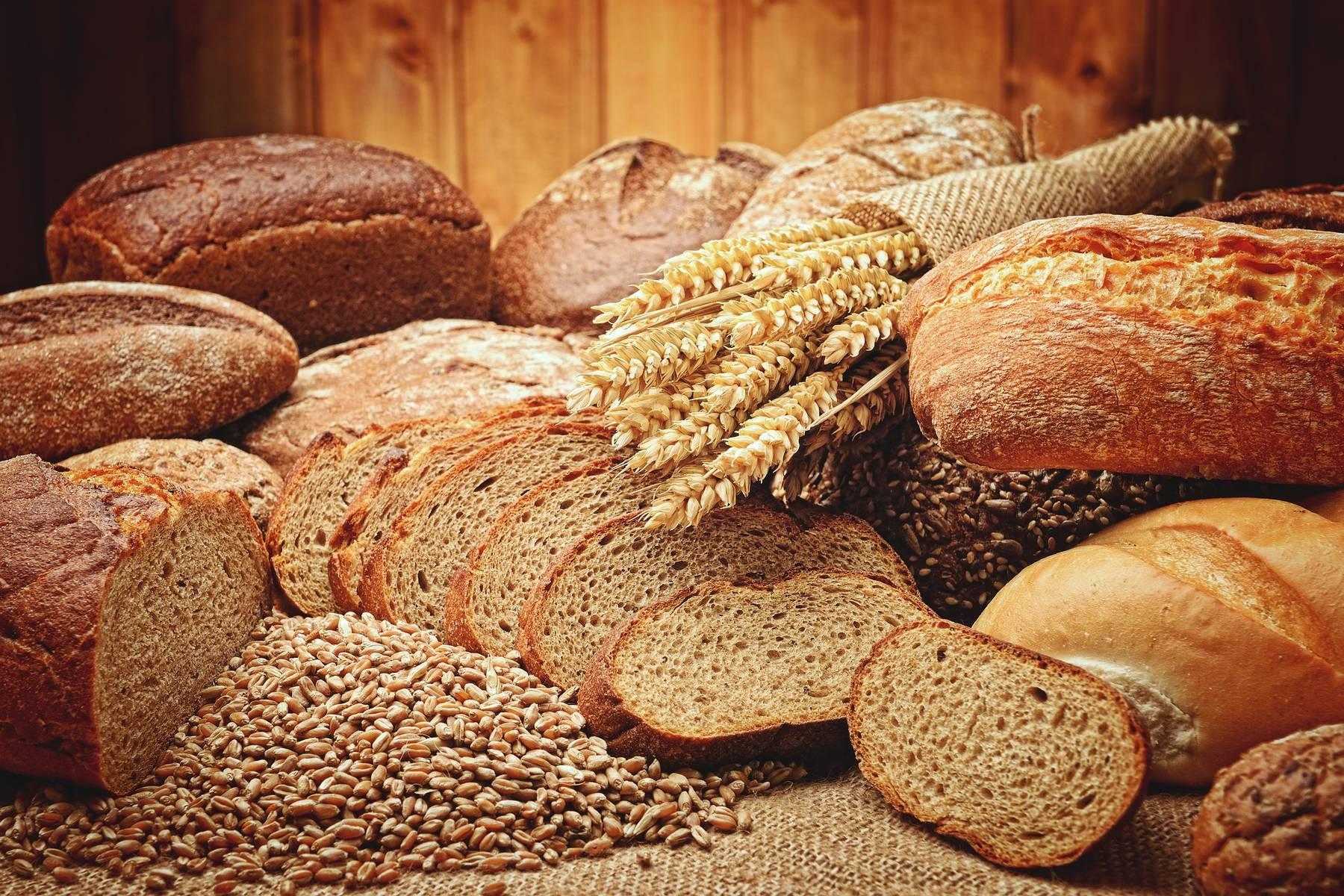 bread-2864703_1920.jpg
