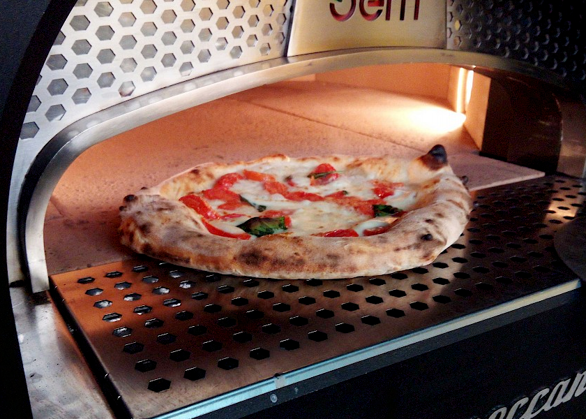 Neapolitan pizza in the electric oven